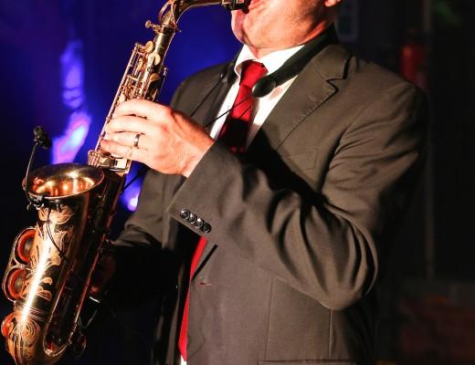 Saxophonist WB